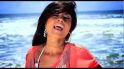 Sexy Punjabi Singer Aiysha Saagar Mere Tere Uthe