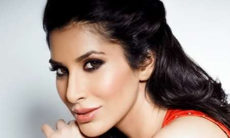 Sophie Choudry